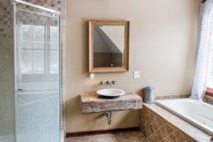 farmhouse, bathroom, catskill, durham, ny, new york, for sale, nicole vidor, real estate, realtor