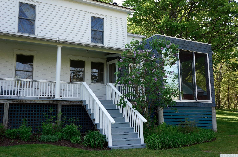 Farmhouse Summer Rental near Catskill with Stream & Swimming